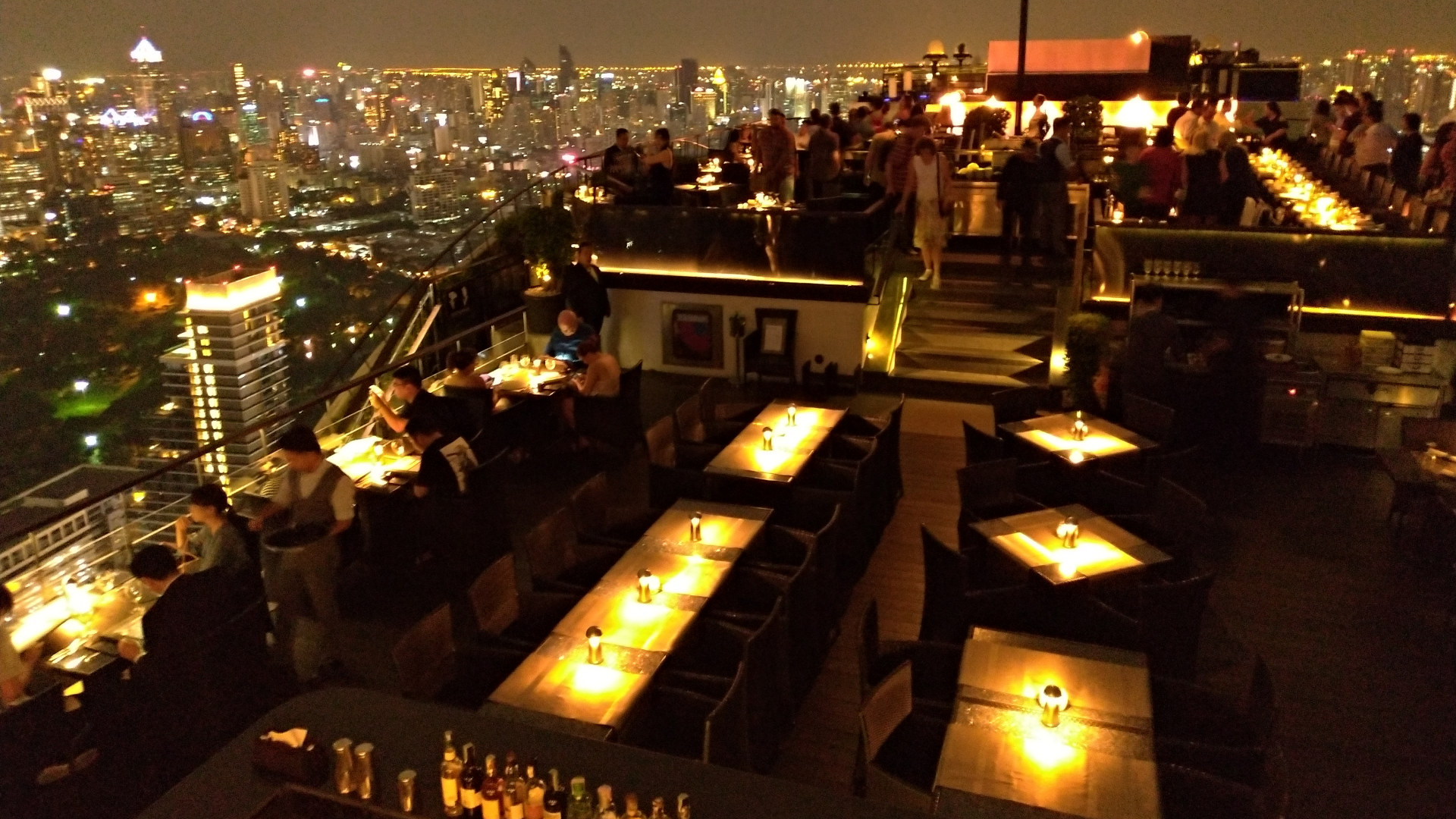 Rooftop bar Moon Bar at the Banyantree Bangkok