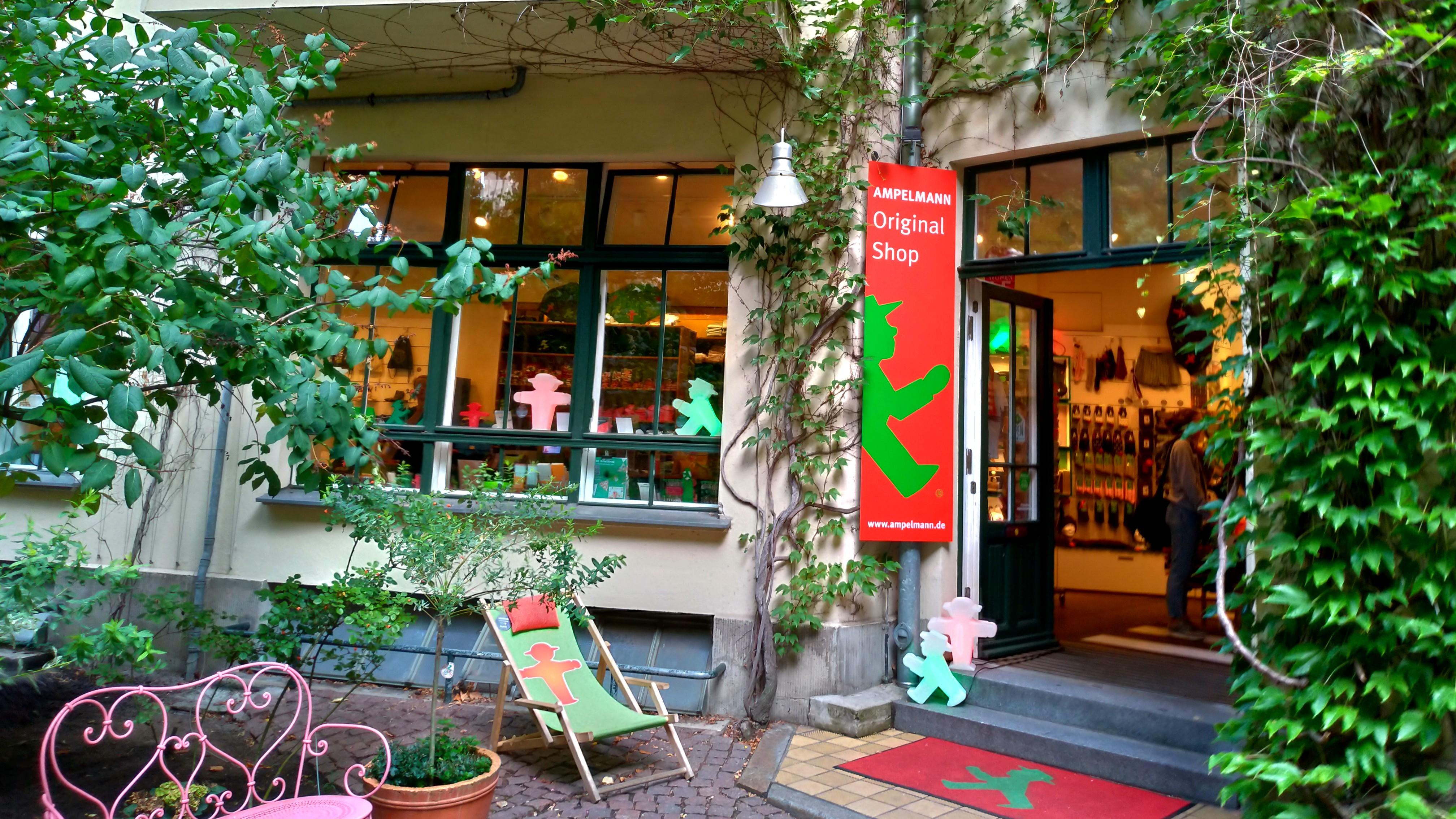 Ampelmann Shop Hackescher Hof アンペルマンショップ ハッケッシャーホーフ店