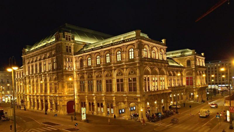 ウィーン国立歌劇場 wienerstaatsoper